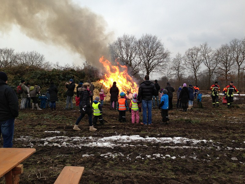 30.03.2013, Familien-Osterfeuer
